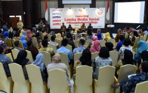 Seskab Pramono Anung memberikan sambutan pada launching lomba Media Sosial (Medsos) #MenujuIndonesiaMaju, di aula Gedung III Kemensetneg, Jakarta, Senin (26/3) siang. (Foto: Rahmat/Humas)