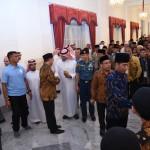 Presiden Jokowi saat menerima peserta Musabaqah Hafalan Alquran dan Hadis Pangeran Sultan bin Abdul Aziz Alu Su'ud Tingkat Asia Pasifik ke-10 Tahun 2018, di Istana Negara, Jakarta, Kamis (22/3). (Foto: Humas/Oji).