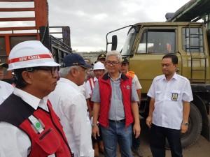 Menteri PUPR meninjau normalisasi sungai