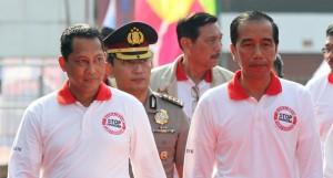 Presiden Jokowi dan Budi Waseso dalam sebuah acara. (Foto: IST)