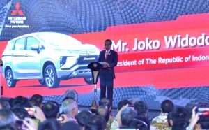President Jokowi delivers his remarks at the launch of Mitsubishi Xpander First Export in 2018, at Tanjung Priok Port, North Jakarta, Wednesday (25/4). (Photo: PR / Jay)