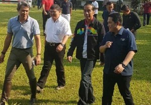 President Jokowi reviews the National Training Center for Equestrian in Arthayasa Stable, Limo, Depok City, West Java, Sunday (6/5). (Photo by: BPMI)