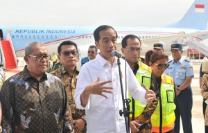 President Jokowi after the maiden flight to West Java International Airport (BIJB) Kertajati, Majalengka, West Java, Thursday (24/5). (Photo by: Public Relations Division of Cabinet Secretariat/ Jay).