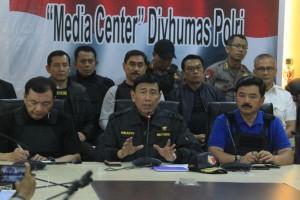 Menko Polhukam Wiranto dalam keterangan pers di Mako Brimob, Depok, Jawa Barat, Kamis (10/5)