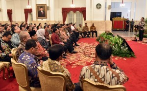 President Jokowi delivers his remarks on Submission of the 2017 Central Government Financial Report, at State Palace, Jakarta, Monday (4/6) morning (Photo: Human Relations Division/Rahmat).
