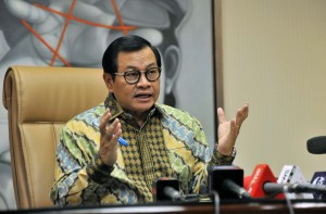 Seskab Pramono Anung saat ditemui wartawan di ruang kerjanya, Rabu (25/7). (Foto: Humas/Jay).