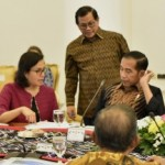 President Jokowi and a number of Ministers in a Limited Meeting at the Bogor Presidential Palace, West Java, on Monday (9/7). (Photo by: Rahmat/Public Relations Division)