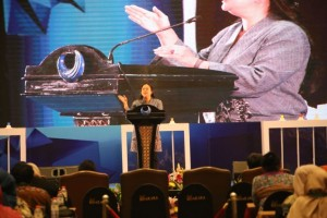 Menko PMK Puan Maharani membuka Widyakarya Nasional Pangan dan Gizi (WNPG) 2018 di Hotel Bidakara, Jakarta, Selasa (3/7) siang. (Foto: Humas Kemenko PMK)