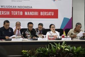 Menko memimpin rapat tingkat menteri terkait Asian Games 2018 di kantor Kemenko PMK, Jakarta, Kamis (12/7). (Foto: kemenko PMK).