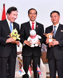 President Jokowi meets North, South Korean Leaders at Cofftea House, Gelora Bung Karno sports complex, Jakarta, on Saturday (18/8). (Photo by: BPMI)