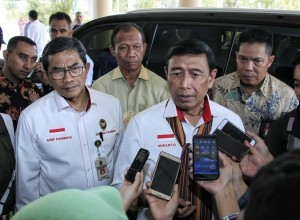Coordinating Minister for Political, Legal, and Security Affairs Wiranto delivers press statement (Photo: Coordinating Ministry for Political, Legal, and Security PR)