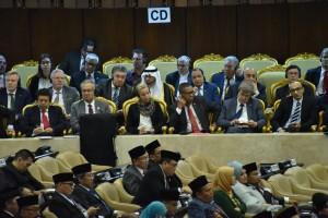 Para Duta Besar negara sahabat menyimak Pidato Kenegaraan Presiden RI dalam rangka Hari Ulang Tahun ke-73 Proklamasi Kemerdekaan RI Tahun 2018, pada Sidang Bersama DPR-RI dan DPD-RI, di Gedung Nusantara, Jakarta, Kamis (16/8) siang. (Foto: OJI/Humas)