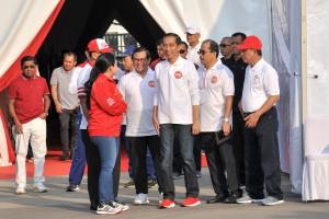 Presiden Jokowi didampingi para menteri mengikuti acara Harmoni Indonesia yang digelar di Plaza Timur Stadion Utama Gelora Bung Karno (GBK), Jakarta Pusat, Minggu (5/8). (Foto: Humas/Jay).