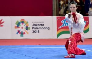 Lindswell Kwok, pewushu putri yang mempersembahkan emas kedua untuk Indonesia. (Foto: BPMI Setpres)