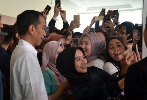 President Jokowi at the 2018 Young on Top National Conference at Kartika Expo Balai Kartini, Jakarta, Saturday (25/8). (Photo by: public Relations Division of Cabinet Secretariat/Jay)
