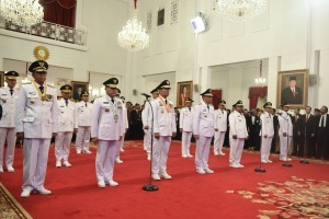 Governors and Deputy Governors who have just been inaugurated at the State Palace, Jakarta, Wednesday (5/9). (Photo: OJI/PR)