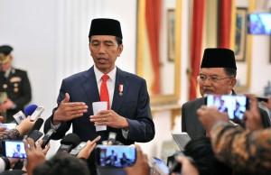 Presiden Jokowi didampingi Wakil Presiden Jusuf Kalla dalam sebuah kesempatan di Istana Negara, Jakarta. (Foto: Dok. Humas Setkab)