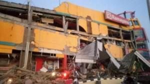 Mal Matahari di Kabupaten Donggala, Sulwesi Tengah, terguncang gempa bumi yang terjadi Jumat (28/9) pukul 17.02.44 WIB. (Foto: IST)