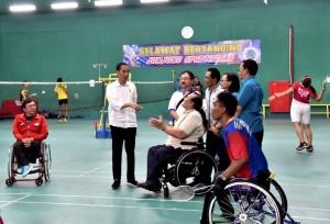 Presiden saat meninjau atlet Asian Para Games Hartono Trade Center, Kabupaten Sukoharjo, Jawa Tengah. (Foto: BPMI).
