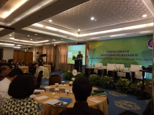 Deputy Attorney General for Intelligence Dr. Jan S. Maringka in his remarks at the thematic forum event of the Coordinating Agency for Community Relations (Bakohumas) at Century Athlete Hotel, Jakarta, Tuesday (25/9) (Photo by: Heni/Public Relations).