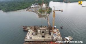 Jembatan Pulau Balang yang menghubungkan Kota Balikpapan dengan Kabupaten Penajam Paser Utara di Kalimantan Timur. (Foto: Kementerian PUPR)