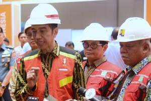 President Jokowi answers questions from reporters at the opening of 2018 Indonesia Construction Exhibition and 2018 Indonesia Infrastructure Week, at JIExpo Kemayoran, Jakarta, Wednesday (31/10). (Photo: OJI/PR)