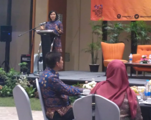 Head of the Communications and People Services Bureau of The Ministry of Health, drg. Widyawati at her keynote speech in Bakohumas Thematic Forum, at Aston Hotel, Pasteur, Bandung, West Java, Tuesday (30/10). (Photo: Heni/PR)