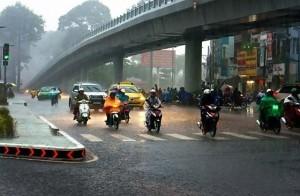 motor-hujan-300x196