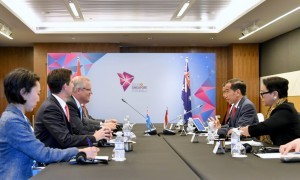 President Jokowi leads Indonesian delegation in a bilateral meeting with Australian delegation led by Australian Prime Minister Scott Morrison, Singapura, Wednesday (14/11). (Photo by: Bureau of Press, Media and Information)