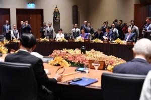 Presiden Jokowi saat mengikuti rangkaian agenda APEC di APEC Haus, (Minggu 18/11). (Foto: BPMI)