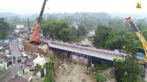 Perbaikan jembatan Gadog. (Foto: Dokumentasi PUPR)