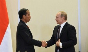 President Jokowi and Rusian President Vladimir Putin (Photo by: Archive of Public Relations Division of Cabinet Secretariat)