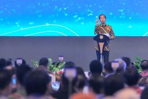 Presiden Jokowi memberikan sambutan pada Rapat Tahunan BI Tahun 2018, di JCC Jakarta, Selasa (27/11) siang. (Foto: JAY/Humas)