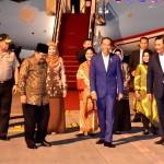 Presiden saat tiba di Bandara Juanda, Minggu (18/11). (Foto: BPMI)