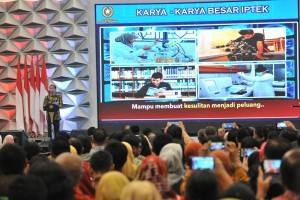 President Jokowi delivers his remarks in the opening of the 2018 Indonesia Science Expo (ISE) at Indonesian Convention Center (ICE) in Serpong, South Tangerang, Banten, Thursday (1/11). (Photo by: Jay/PR)