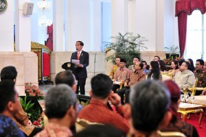 President Jokowi delivers his remarks at the Opening of National Public Relations Conference 4.0, at the State Palace, Jakarta, Monday (10/12). (Photo by: Jay/PR Division)