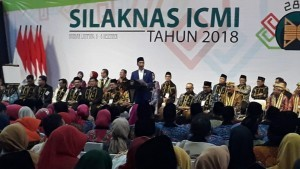 President Jokowi opens National Congress and the 28th anniversary of the ICMI, at Mahligai Agung Convention Hall of Bandar Lampung University, Bandar Lampung, Thursday (6/12). (Photo by: Presidential Secretariat)