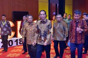 Presiden Jokowi menghadiri pembukaan CEO Networking 2018, di The Ritz-Carlton, Jakarta, Senin (3/12) pagi. (Foto: JAY/Humas)