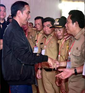 residen Jokowi saat acara dana desa di Bogor, Minggu (2/12).