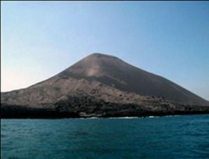 arsip-berita-aktivitas-vulkanik-gubung-anak-krakatau-masih-berlangsung-radius-aman-2-km-dari-kawah-kslkk8b-300x229