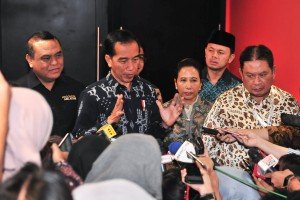 President Jokowi answer questions from the journalists after attending the launching ceremony of the Entrepreneurship Program of State Civil Apparatus (ASN) and Retirees at Sentul International Convention Center, Sentul, Bogor, West Java, Wednesday (16/1). Photo by: JAY/PR.