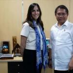 Menkominfo Rudiantara bertemu dengan Vice President Public Policy and Communications WhatsApp, Victoria Grand, di Kantor Kementerian Kominfo, Jakarta, Senin (21/1) sore. (Foto: Humas Kemenkominfo)