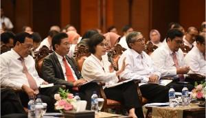 Menkeu Sri Mulyani Indrawati saat menghadiri video conference dengan jajaran Kemenkeu, di Jakarta, Senin (31/12). (Foto: Humas Kemenkeu)