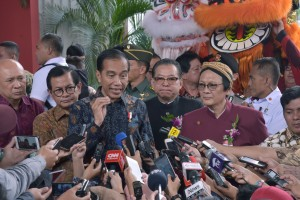 President Jokowi responds to reporters' questions after attending the 2019 National CNY Celebration, at the JI Expo Kemayoran, Jakarta, Thursday (7/2). (Photo by : OJI/ PR Division)