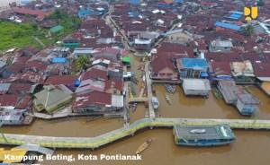 Kawasan perkuminan nelayan di Kampung Beting, Pontianak, salah satu yang ditata pemnerintah. (Foto: BKP Kementerian PUPR)
