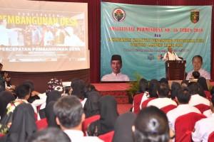 Mendesa PDTT Eko Putro Sanjojo memberikan arahan pada Sosialisasi Permendasi Nomor 16 tahun 2018, di Hotel Horison Lampung, Minggu (3/2). (Foto: Humas Kemendesa PDTT)