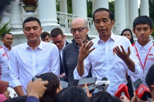President Jokowi responds to reporters' questions after receiving CEO of Dorna and President Director of ITDC, at the Bogor Presidential Palace, West Java, Monday (11/3). (Photo by: Agung/PR)
