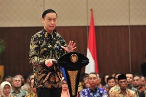 Kepala BKPM Thomas Lembong menyampaikan laporan pada Rakornas Investasi 2019, di Nusantara Hall, ICE BSD, Tangerang Selatan, Selasa (12/3) siang. (Foto: JAY/Humas)