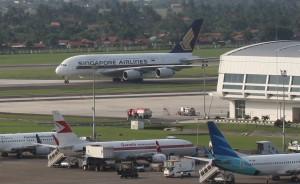 Pesawat-di-Bandara