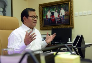 Cabinet Secretary Pramono Anung speaks in an interview at his office, Jakarta, Sunday (21/4). (Photo by: Jay/PR Division)